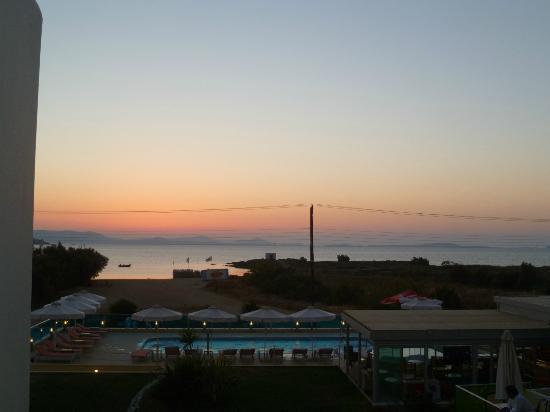 Princess of Naxos: Vue avec soleil couchant