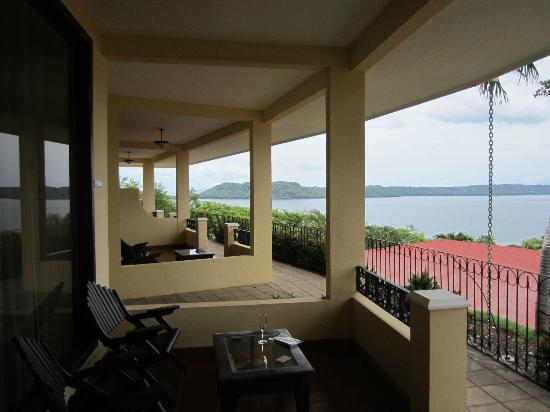 Occidental Grand Papagayo by Barcelo: Our patio (Royal Club)