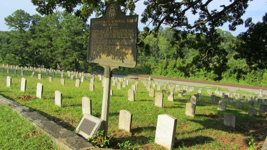 Rose Hill Cemetery: Nice history