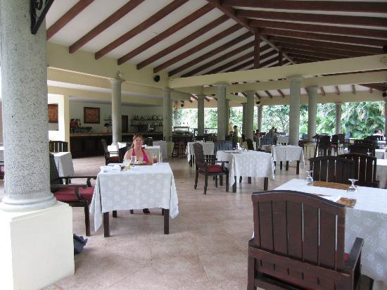 Occidental Papagayo - Adults only: The snack bar