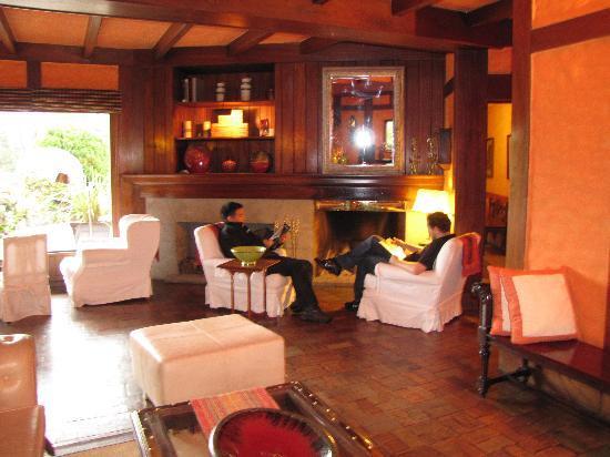 Hotel L'Auberge: Lobby