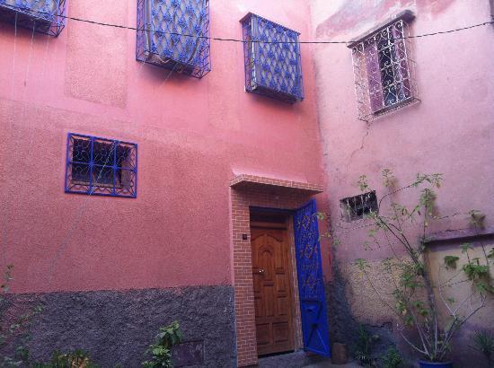 Riad Dar Tiflet: Dar Tiflet front door