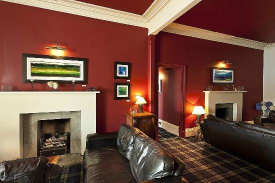 The Royal an Lochan Restaurant: Lounge at The Royal an Lochan