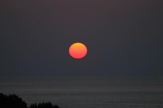 Invisa Hotel Ereso : sunset from our room