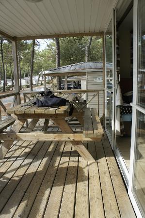 Camping de la Cote d'Argent: terasse