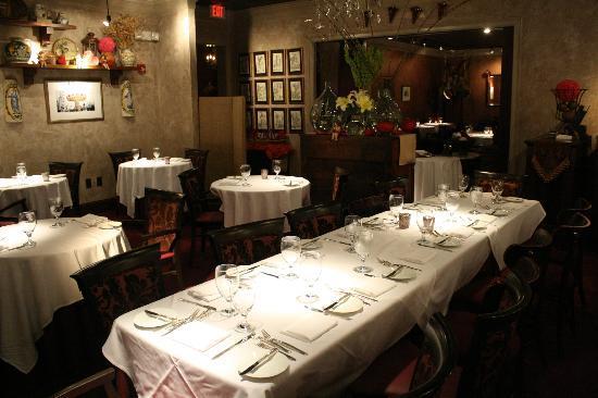 Natalia's : Main Dining