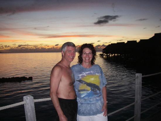 Hilton Moorea Lagoon Resort & Spa: Sunset on the Pier