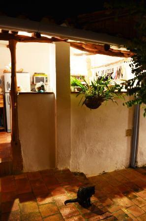 El Carambolo: kitchen/dining