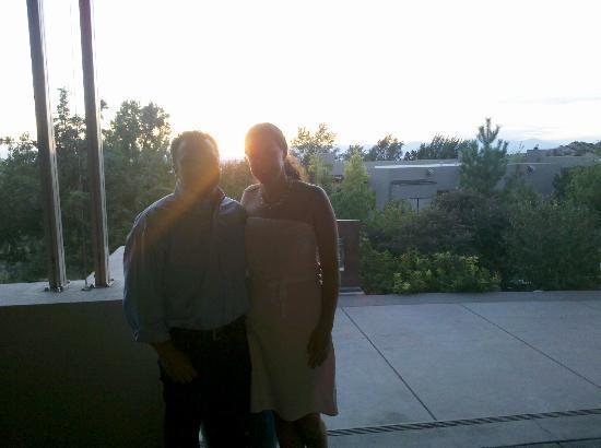 Four Seasons Resort Rancho Encantado Santa Fe: Sunset on the patio 
