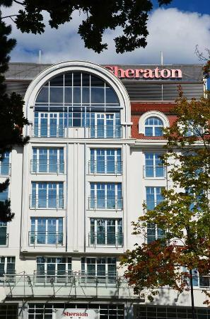 Sheraton Sopot Hotel : Front facade of the Hotel