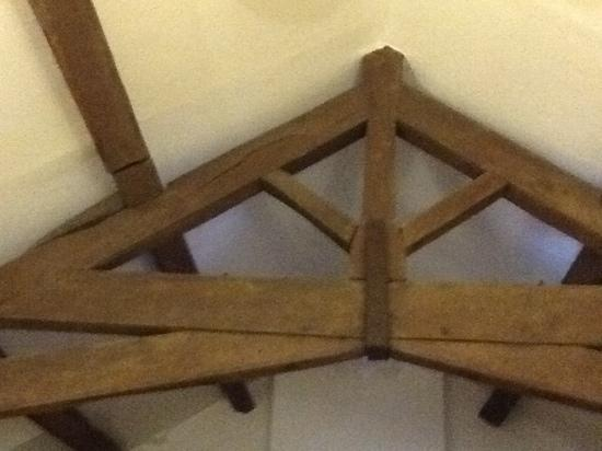 Higher Huxley Hall: the beams in the room