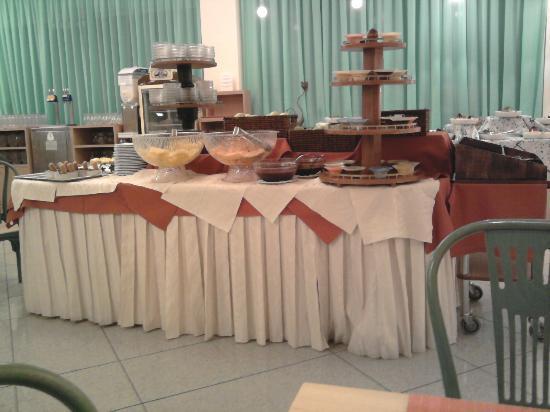 Miramare Hotel & Spa: Un particolare del buffet della sala pranzo sempre ricco a colazione, pranzo e cena impeccabile.