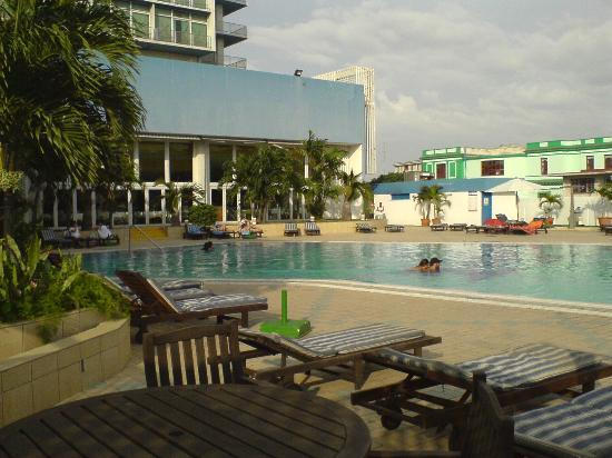 Tryp Habana Libre Rooftop Pool