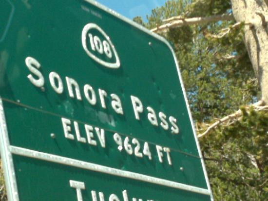 Gunn House Hotel: Sonora Pass