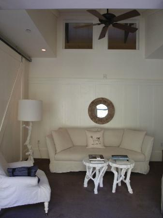 Farmhouse Inn: Sitting room