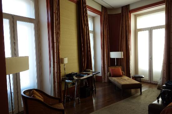 Bairro Alto Hotel: Very bright, nice views
