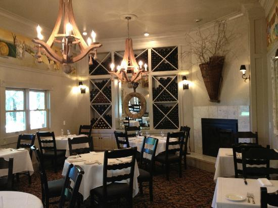 Farmhouse Inn: Restaurant