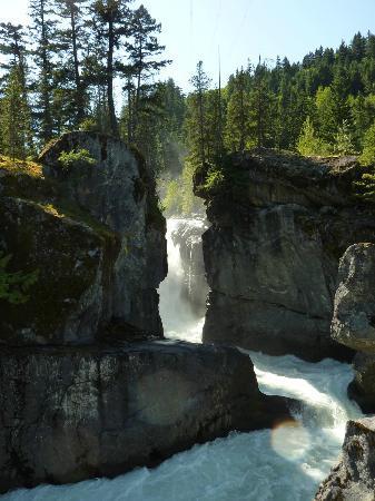 Pemberton, Canadá: Nairne Falls