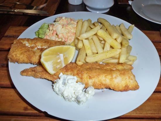 Aero Guest Lodge: Fish and chips on the final night!