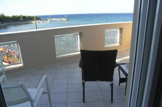 Al Mare Beach Hotel: Balcony