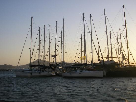 Hotel Kymata: porto turistico dell'isola