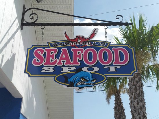 Barnhill's Seafood Spot: Fresh local seafood.