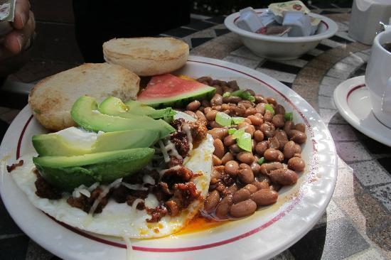 Ripplewood Resrt Restaurant : Chorizo and eggs
