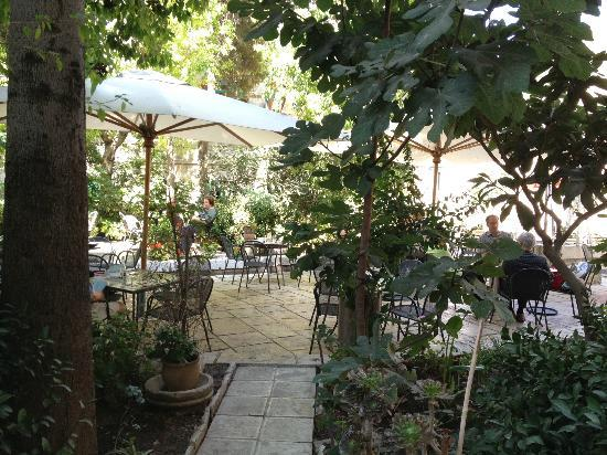 Austrian Hospice: garden