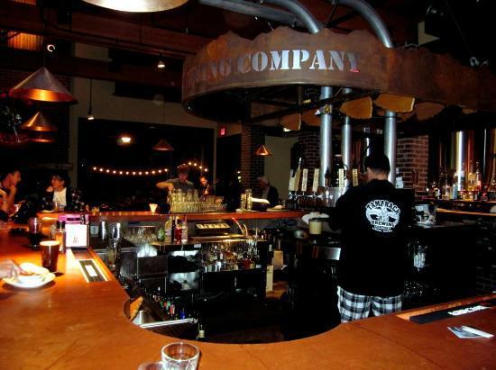 Tamarack Brewing Company: The Bar