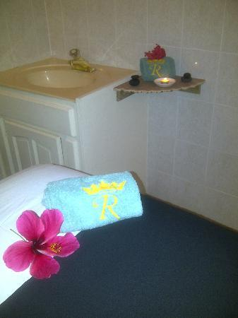 Royal Spa : Monthly special offers for all guests and local memberships include Spa treatments