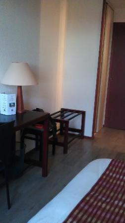 Hôtel Castel Burgond : vue chambre parquet gonflé