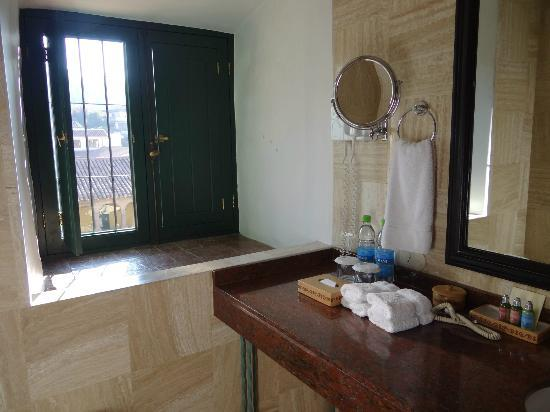 Belmond Hotel Monasterio: Bathroom