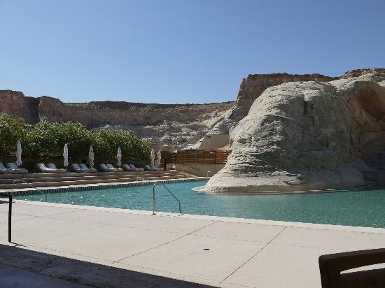 Amangiri: Pool built around rock formation on grounds