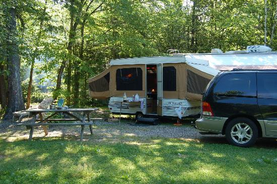 Country Bumpkins Campground and Cabins: Relaxed locations
