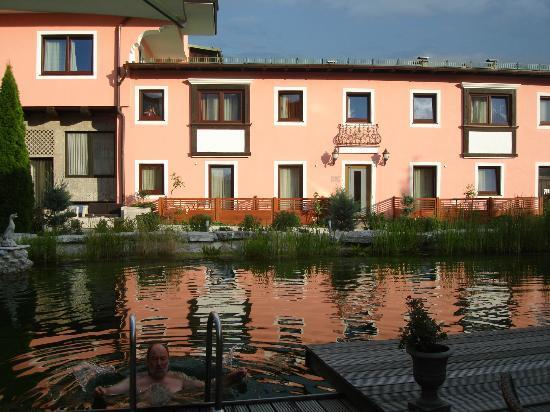 Atlas Grand Hotel : Área da piscina