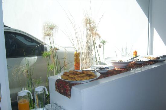 Apart Hotel Via 51 : zona del desayunador