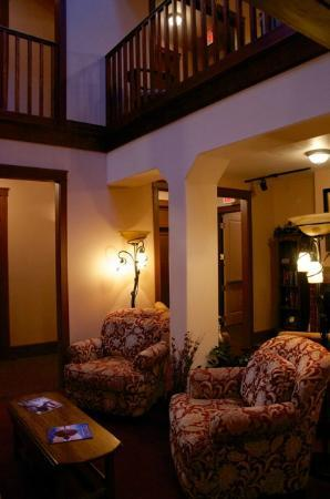 Condon, OR: Second floor foyer/breakfast area