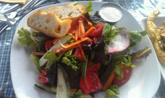 Calderas: Mixed heirloom greens and tomatoes with homemade blue cheese dressing.