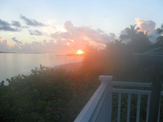 One & Only Ocean Club: sunrise from the yoga deck