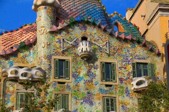Casa Batllo: Front facade
