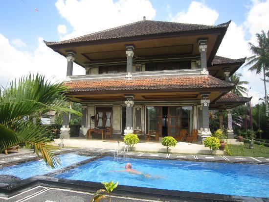 Villa Agung Khalia: Villa & Pool
