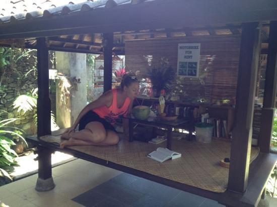Sandat Bali: El salón templo en el jardin !!
