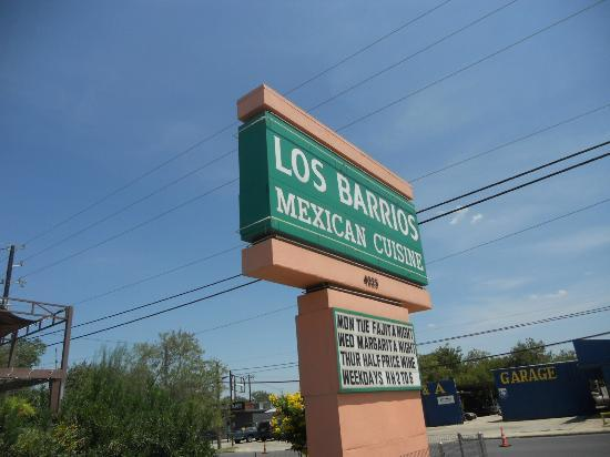 Los Barrios Mexican Restaurant : main sign along Blanco