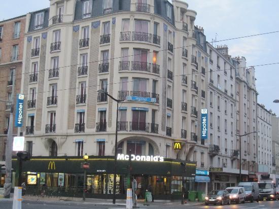 ホテル外観 - Picture of Hipotel Paris Printania, Paris - TripAdvisor
