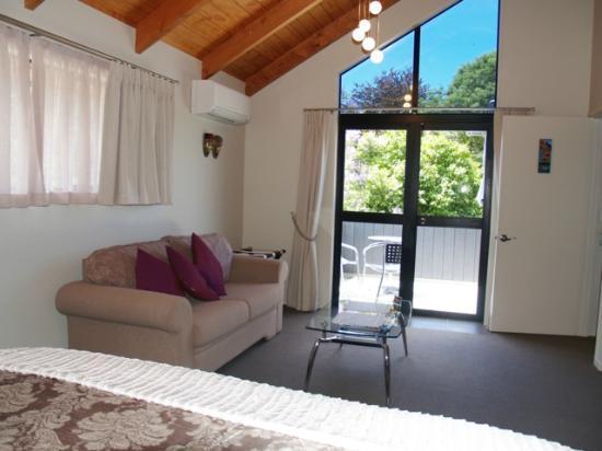 Tairua Coastal Lodge: Pohutukawa