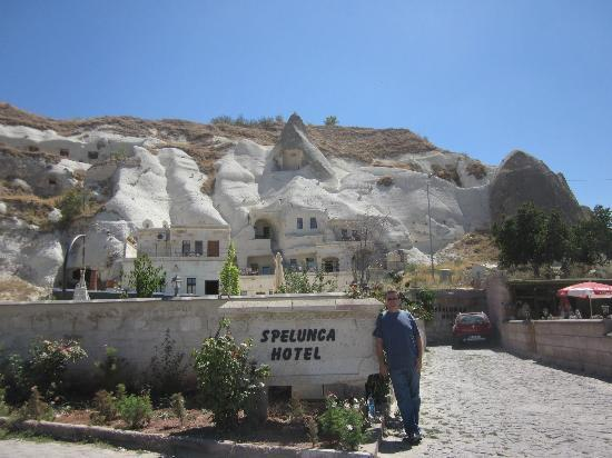 Spelunca Cave Suites: Spelunca Hotel