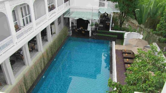 Ping Nakara Boutique Hotel & Spa: looking down onto the pool from our 2nd floor room