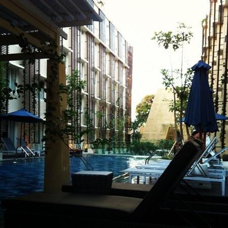 Ananta Legian Hotel: pool