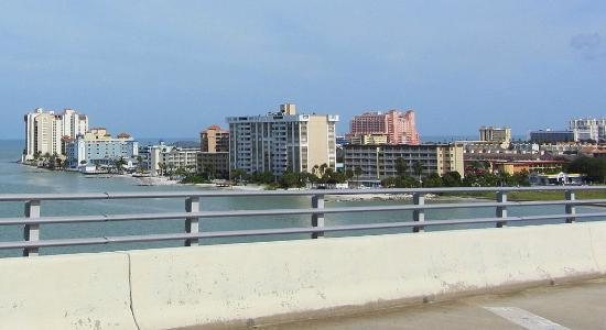GulfView Hotel - On The Beach: Hotel view from the bridge