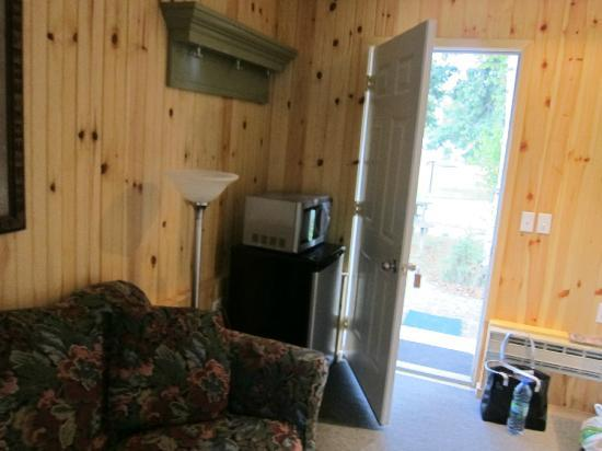High Falls Motel and Cabins : Lounge area